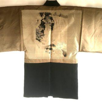 antique_veste_kimono_haori_soie_noire_mitsu_tomoe_take_koi_nobori_8